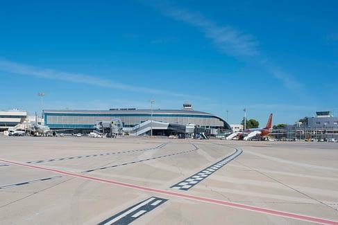Pista - Historia del aeropuerto de Valencia