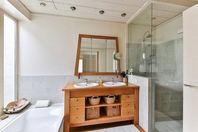 Morant Group - Fontanería en Calp - Servicios de Baño y Aseo